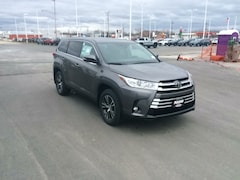 New 2019 Toyota Highlander LE Plus V6 SUV in Appleton