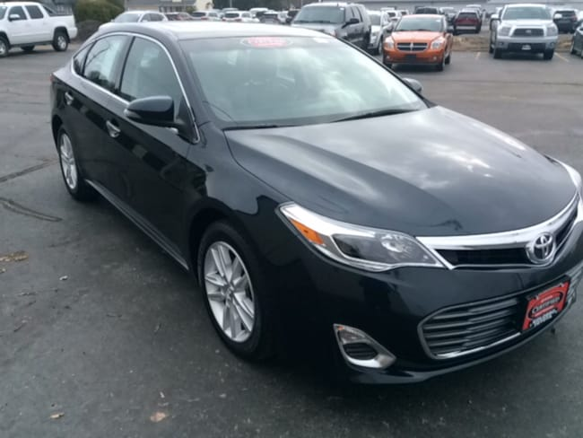 Used 2015 Toyota Avalon XLE Premium Sedan in Appleton