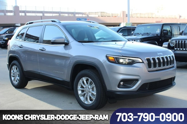 New 2019 Jeep Cherokee LATITUDE 4X4 Sport Utility near Fairfax