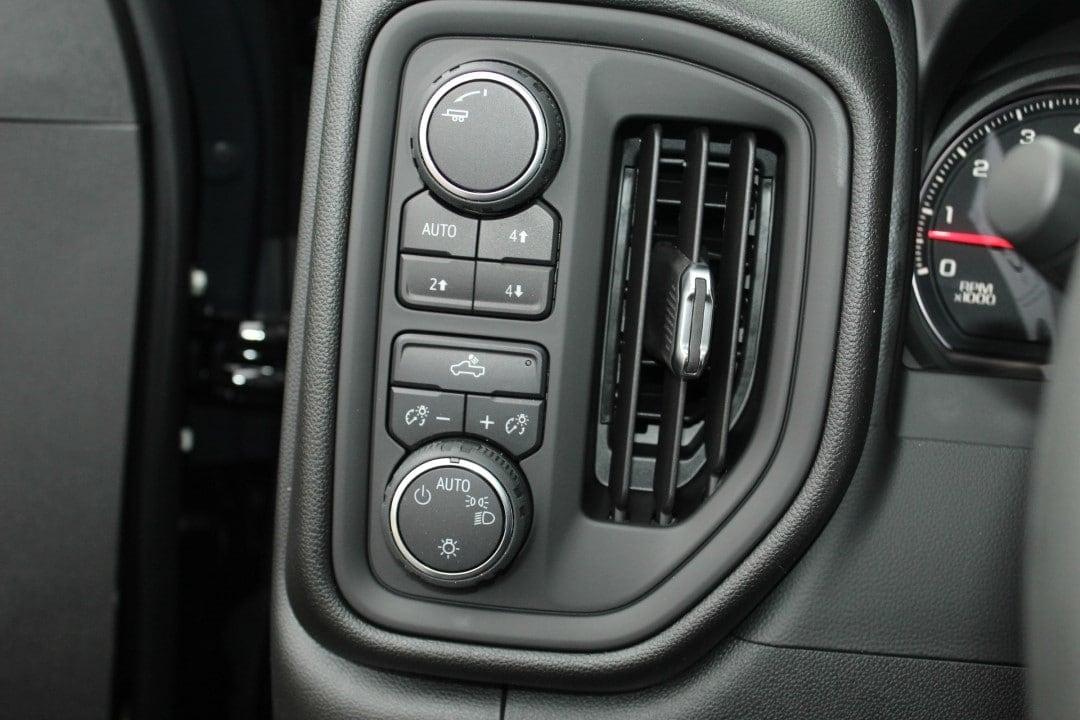 New 2019 Chevrolet Silverado 1500 Silverado Custom Trail