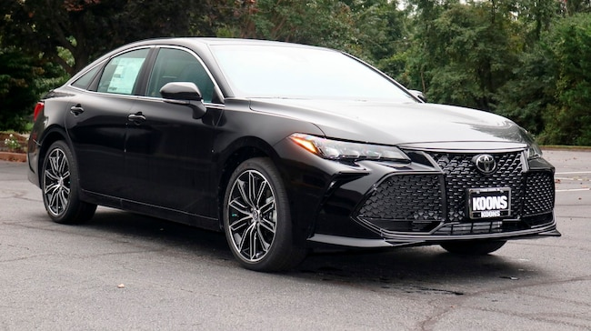 New 2019 Toyota Avalon XSE Sedan in Easton, MD