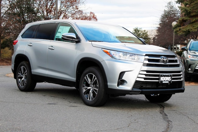 New 2019 Toyota Highlander LE V6 SUV in Vienna, VA