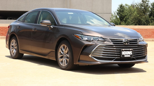 New 2019 Toyota Avalon XLE Sedan in Vienna, VA