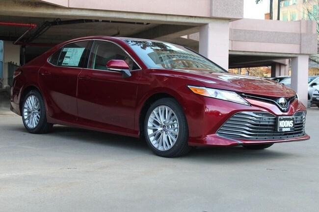 New 2019 Toyota Camry XLE Sedan in Vienna, VA