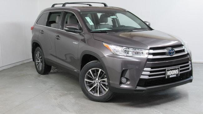 New 2019 Toyota Highlander Hybrid XLE V6 SUV Westminster