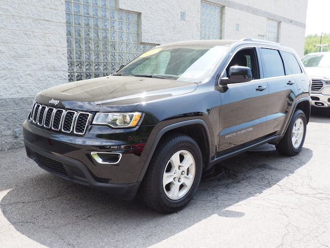 Certified Pre-Owned 2017 Jeep Grand Cherokee Laredo 4x4 SUV Pittsburgh
