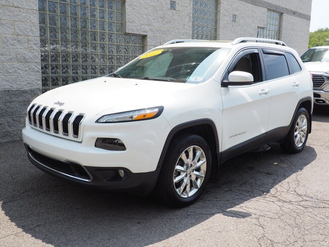 Certified Pre-Owned 2017 Jeep Cherokee Limited 4x4 SUV Pittsburgh