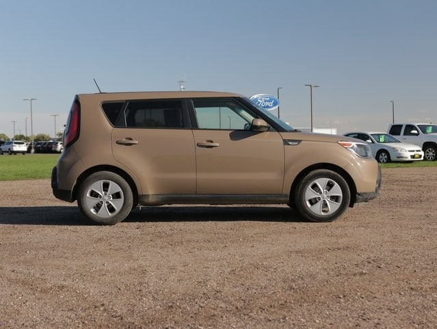 Used 2014 Kia Soul  with VIN KNDJN2A21E7015641 for sale in Marshall, Minnesota