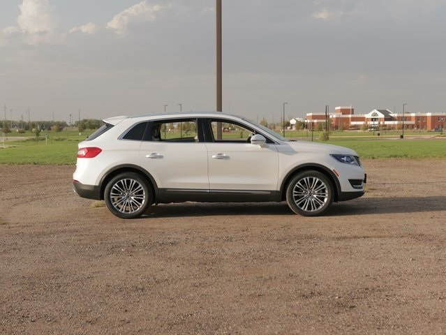 Used 2016 Lincoln MKX Reserve with VIN 2LMPJ8LR2GBL48685 for sale in Marshall, Minnesota