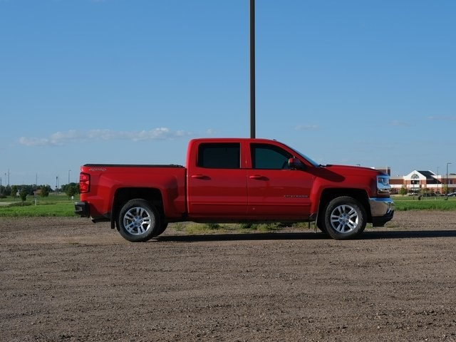 Used 2016 Chevrolet Silverado 1500 LT with VIN 3GCUKREC4GG339868 for sale in Marshall, Minnesota