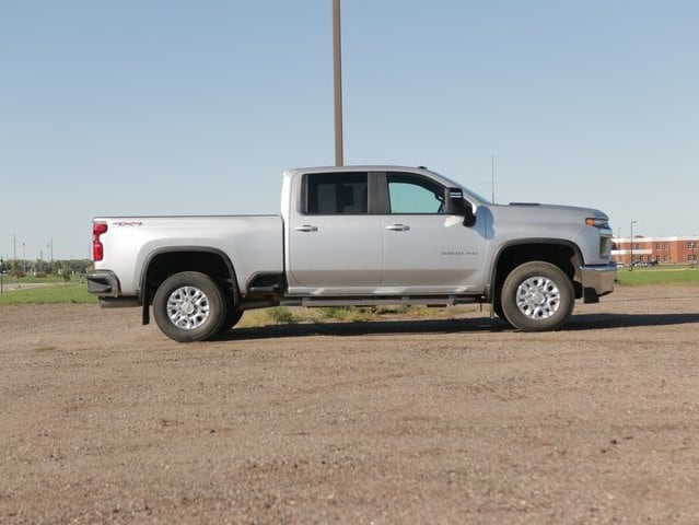 Used 2021 Chevrolet Silverado 3500HD LT with VIN 1GC4YTEYXMF104931 for sale in Marshall, Minnesota