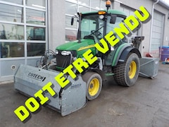 2014 John Deere 4720 Tracteur gratte souffleur .