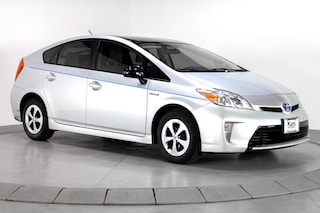 Pre-Owned 2015 Toyota Prius Three Hatchback Dealer near Portland - inventory