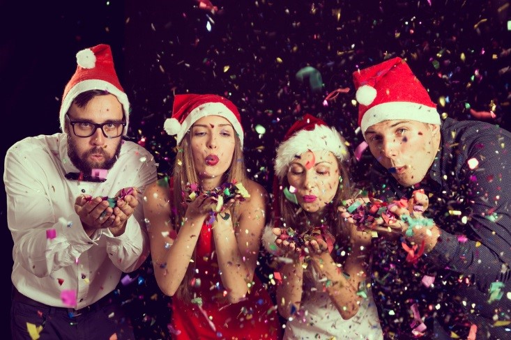 think cozy with the dcor - The Best Christmas Party Ever