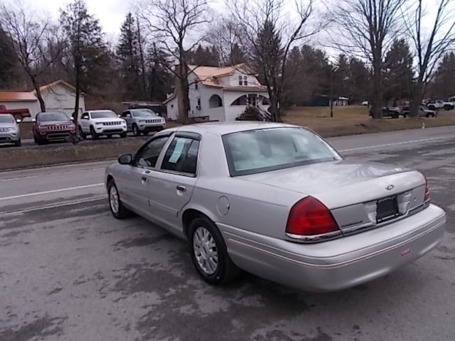 Used 2004 Ford Crown Victoria LX in Mahaffey PA | 113617 | VIN:  2FAFP74W94X113617