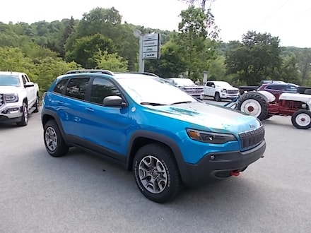 Featured New 2021 Jeep Cherokee Trailhawk 4x4 SUV for Sale in Mahaffey, PA