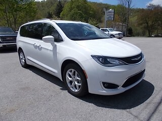 Used 2020 Chrysler Pacifica 114549 for sale in Mahaffey, PA