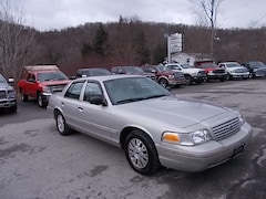 Buy a 2004 Ford Crown Victoria in Mahaffey