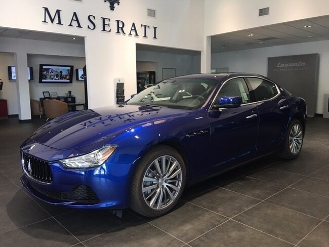2016 Maserati Ghibli Base Sedan NMG172119