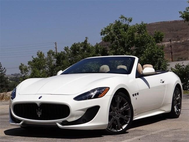 2015 Maserati GranTurismo Sport Convertible NMF155488