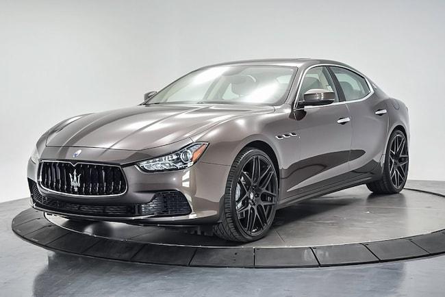 2017 Maserati Ghibli Base Sedan NMH198992