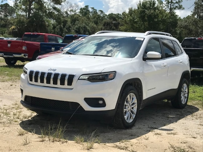 New 2019 Jeep Cherokee LATITUDE FWD Sport Utility for Sale in LaBelle, Florida