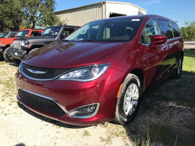 New 2019 Chrysler Pacifica Touring Plus Van Passenger Van for Sale in LaBelle, Florida
