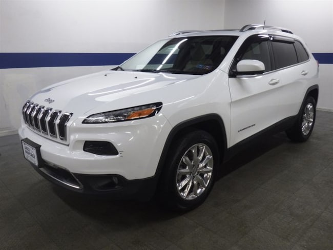 2016 Jeep Cherokee Limited V6 4x4 w/ Leather, Pano Roof, and NAV SUV