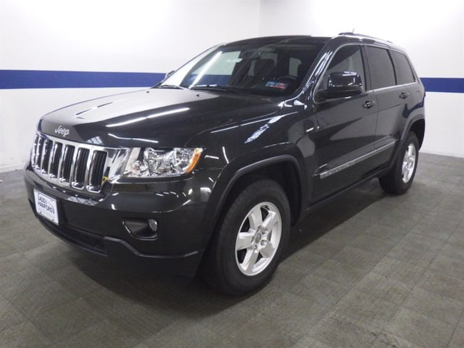 2011 Jeep Grand Cherokee Laredo 4x4 w/ Sunroof SUV