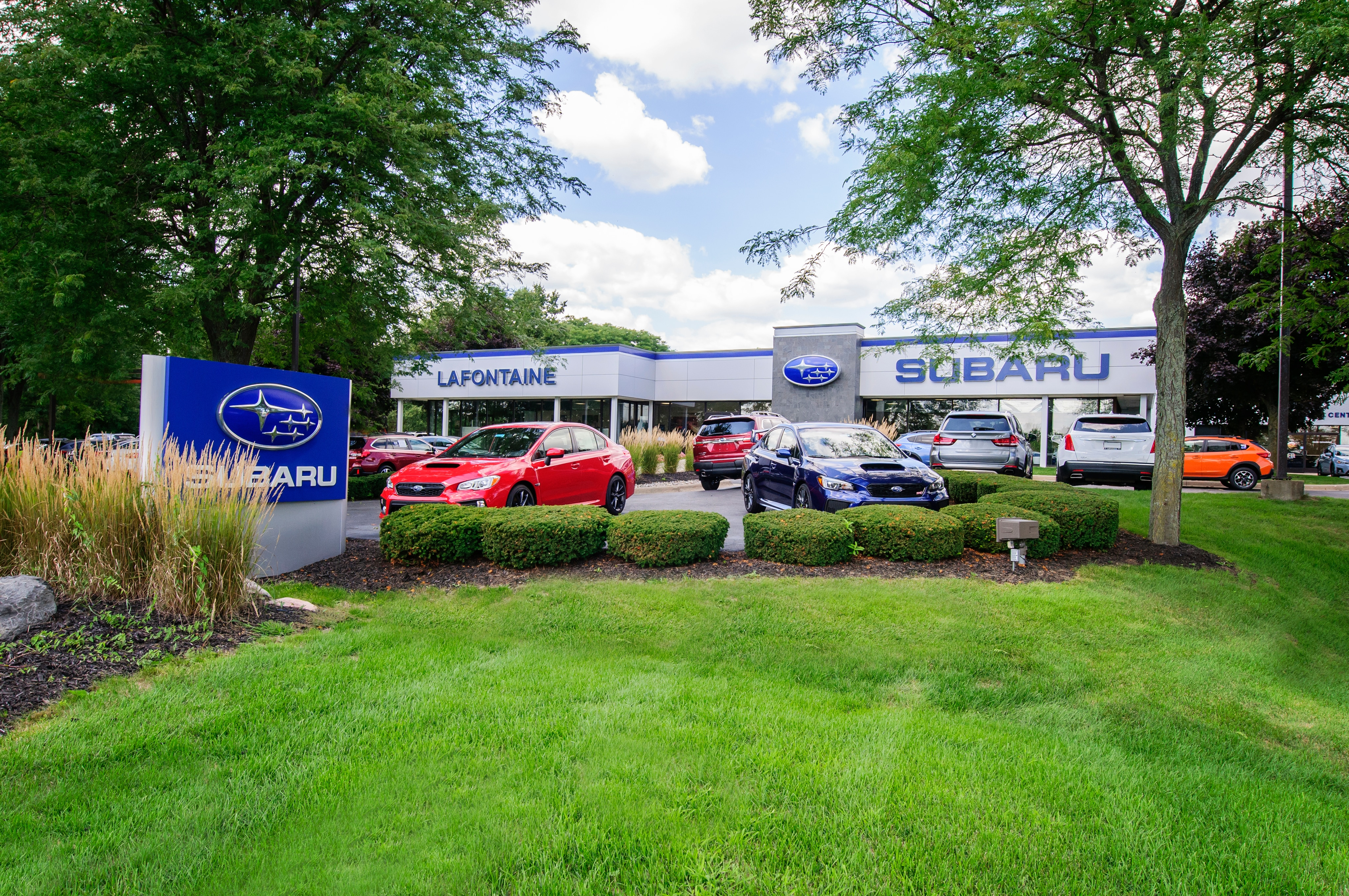 lafontaine subaru named 2018 automotive news best dealerships to work for lafontaine subaru. Black Bedroom Furniture Sets. Home Design Ideas
