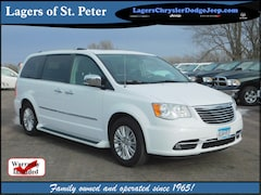 2015 Chrysler Town & Country Limited Platinum Limited Platinum  Mini-Van