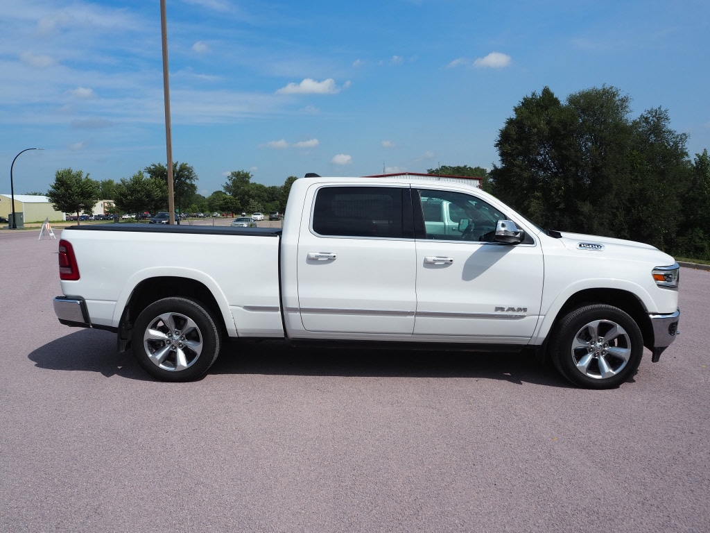 Used 2019 RAM Ram 1500 Pickup Limited with VIN 1C6SRFPT5KN669914 for sale in Saint Peter, Minnesota
