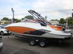 2012 BOMBARDIER CHALLENGER 230 SP 23' jet boat tour a wake