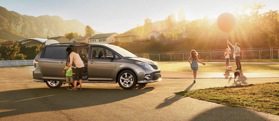 Lake Charles Toyota >> New Toyota Sienna Minivan For Sale In Lake Charles La