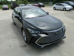 New 2019 Toyota Avalon Hybrid XLE Sedan in Lake Charles, LA