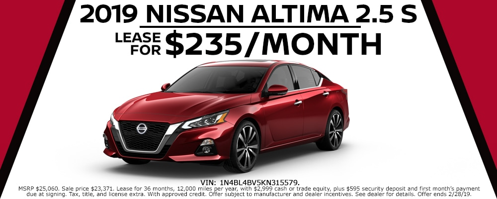 New 2019 Nissan Altima lease deals at Council Bluffs Nissan dealership near Omaha
