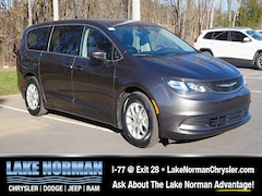 New 2017 Chrysler Pacifica Touring Minivan for sale near Charlotte, NC