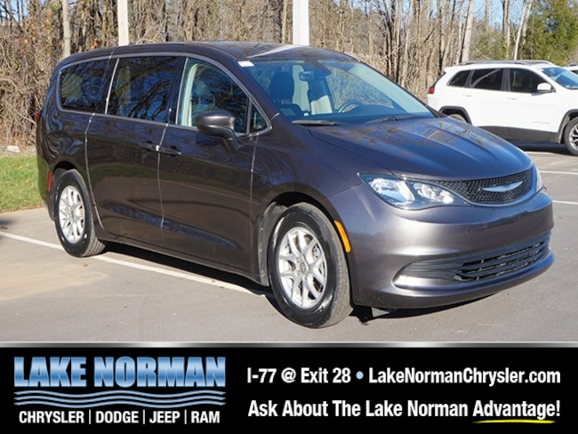 Certified Pre-owned 2017 Chrysler Pacifica Touring Minivan for sale near Charlotte