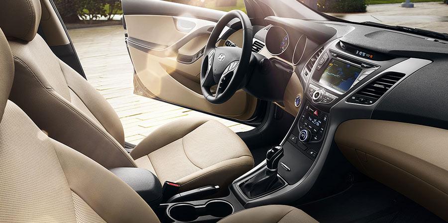 2016 Hyundai Elantra header