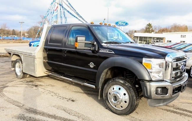 2013 Ford F-450 Chassis Truck Crew Cab