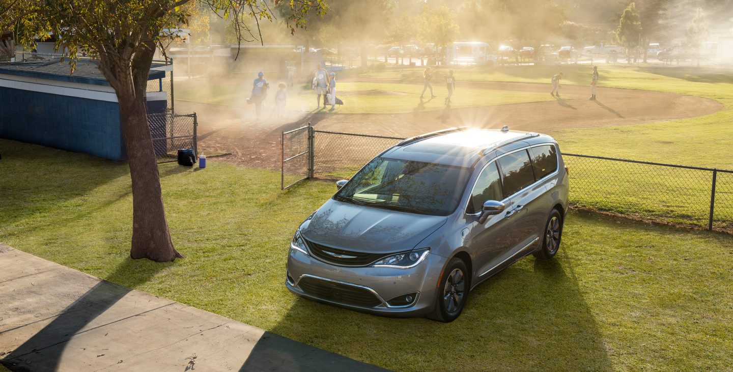 2018 Chrysler Pacifica Hybrid Front Gray Exterior Top View