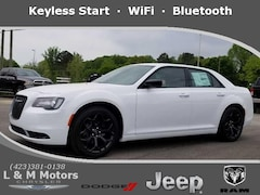 New 2019 Chrysler 300 TOURING Sedan KH613404 in Athens, TN