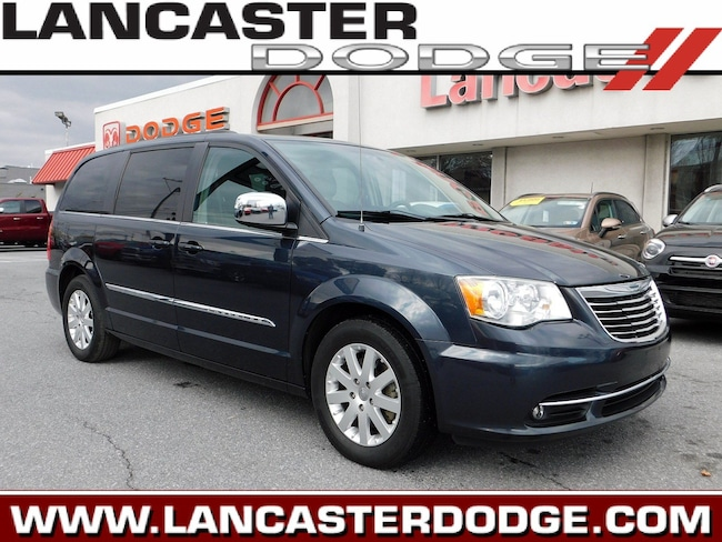 Used 2014 Chrysler Town & Country Touring Van in Lancaster, PA