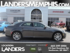 New 2019 Chrysler 300 TOURING L Sedan for sale in Southaven, MS