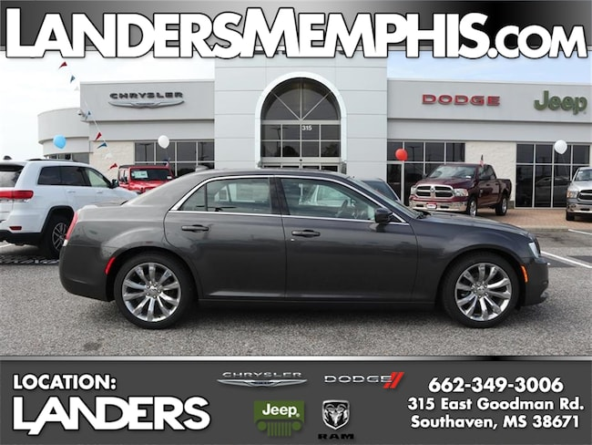 New 2019 Chrysler 300 TOURING L Sedan for sale near Germantown