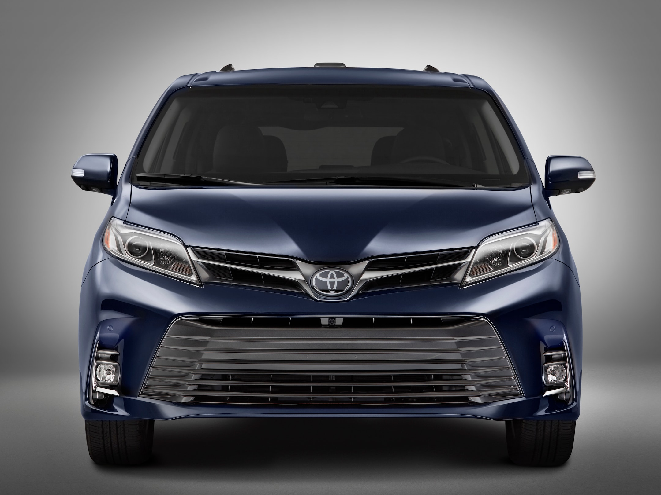 2018 toyota sienna coming soon to little rock arkansas steve landers toyota