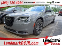 2018 Chrysler 300 Touring Touring RWD