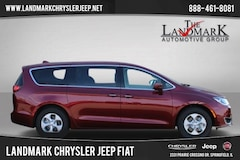 New 2018 Chrysler Pacifica Hybrid TOURING PLUS Passenger Van for Sale in Springfield, IL