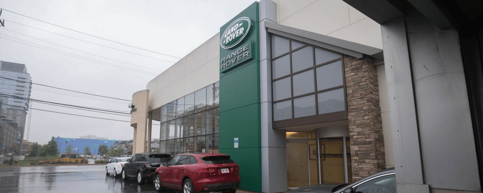 Exterior view of Land Rover Bethesda during the day