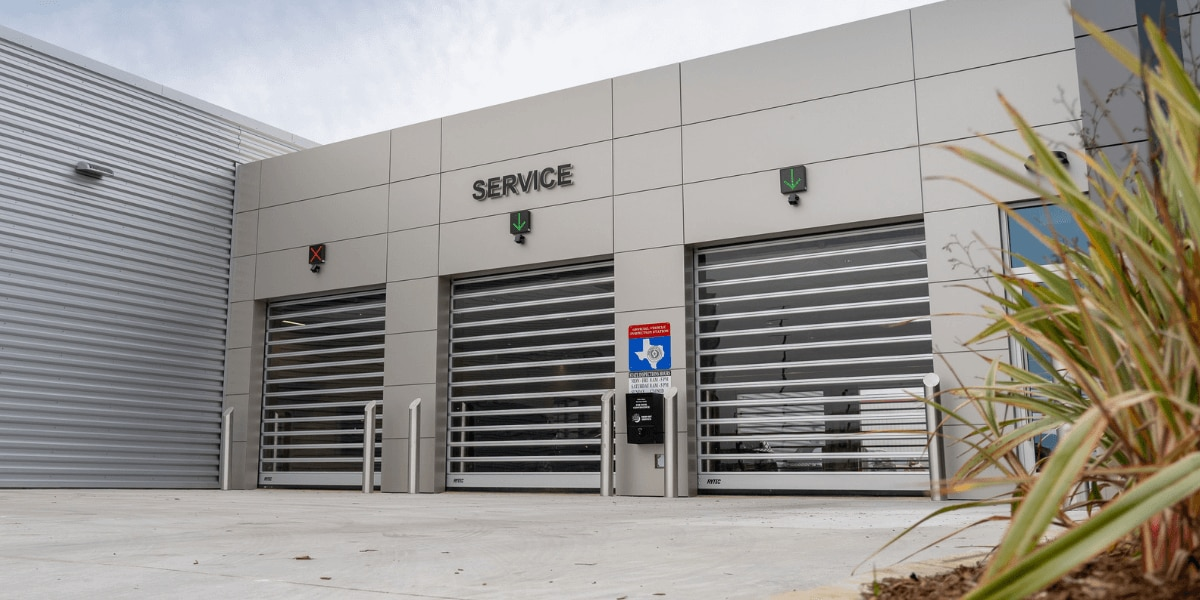 Land Rover West Houston Service Center entrance